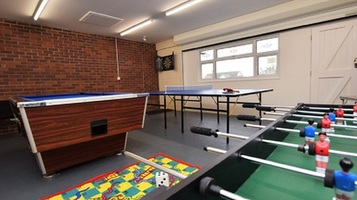 Fantastic Games Room - Great Location